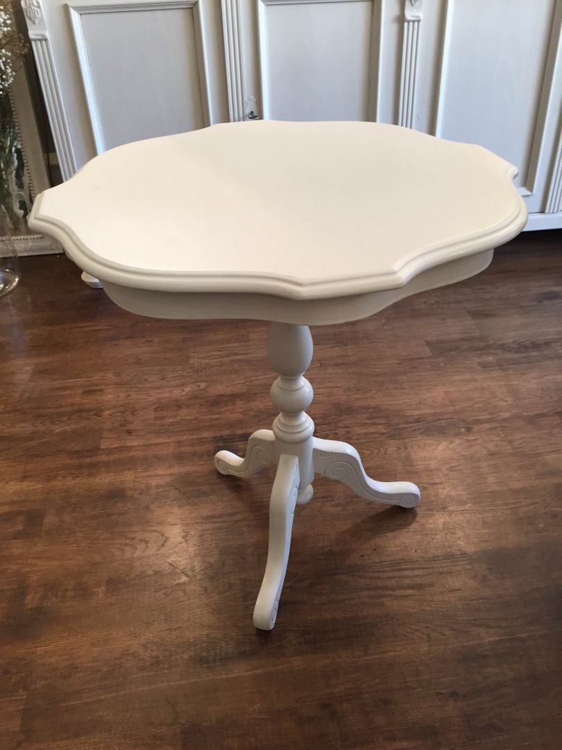 Hand Painted Furniture Chairs Tables For Sale Small Hand Painted Pedestal Table