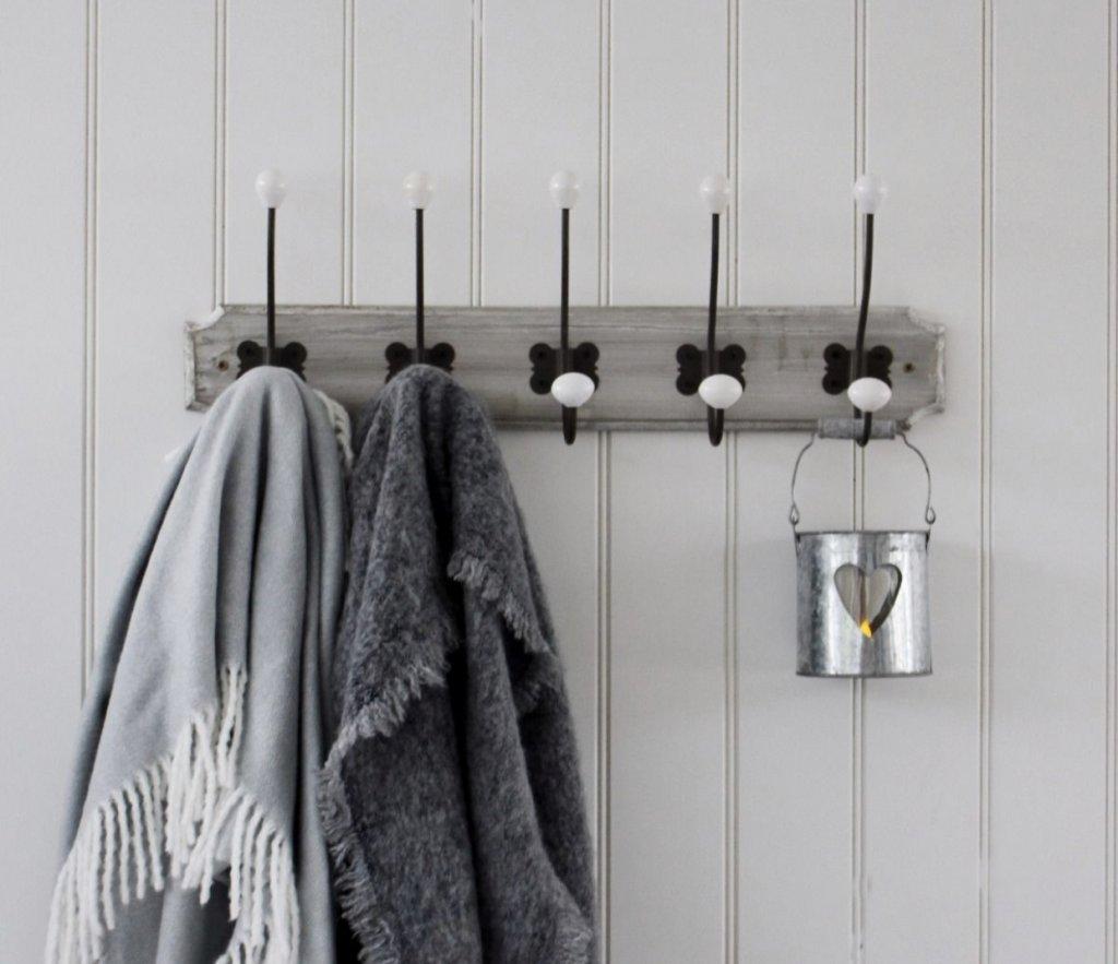 Grey Wash Wooden Butterfly Hooks