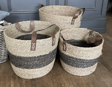 Two Tone Handled Baskets