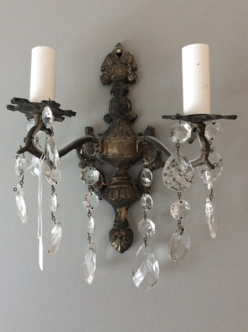 Pretty Decorative Wall Light
