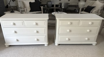 Low Chest Of Drawers / Bedside
